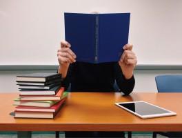成学教育学费为何如此低?