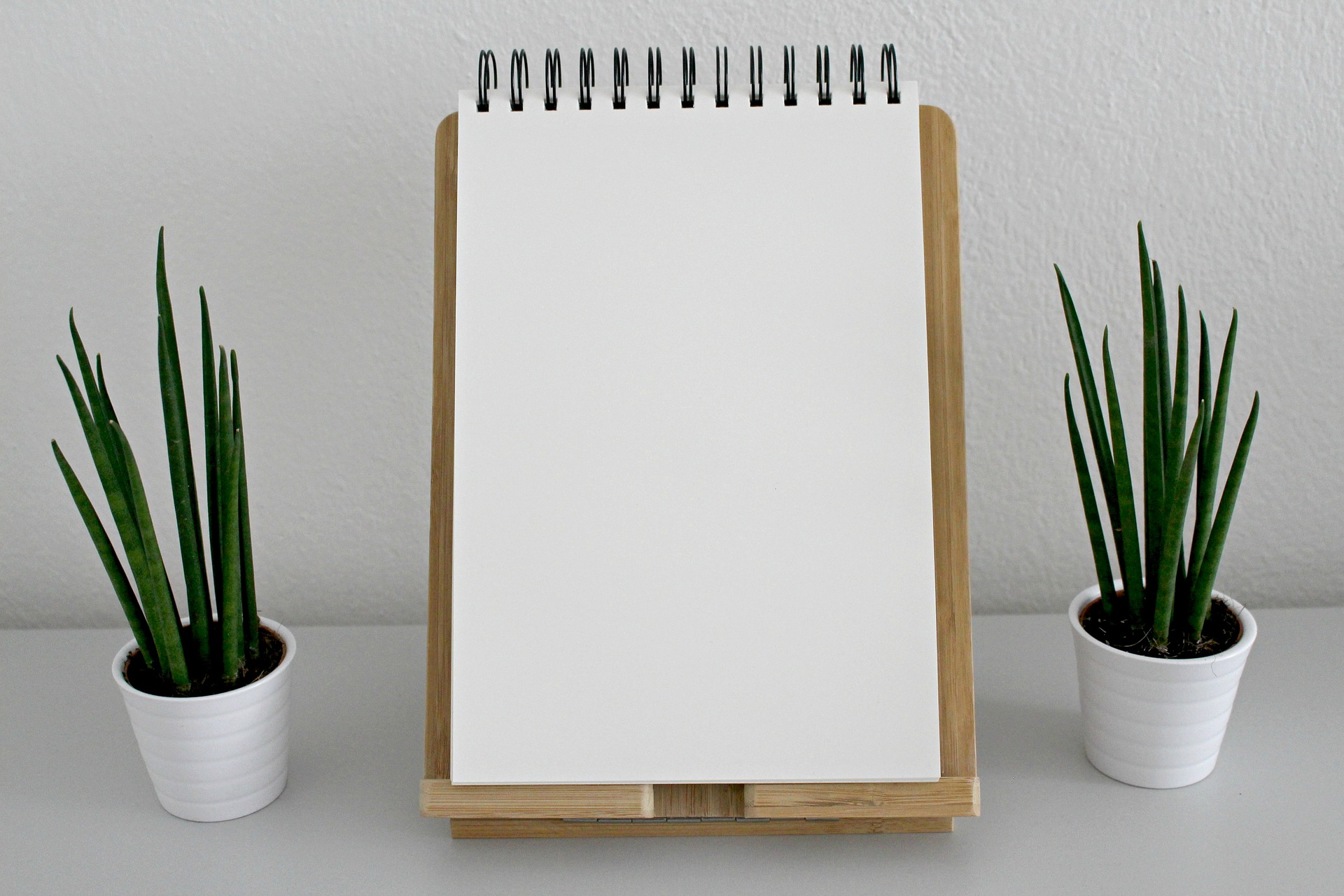 notebook-2465914_1920.jpg